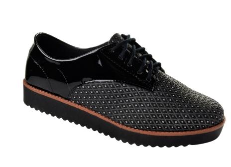 sapatos tratorados para todos os estilos