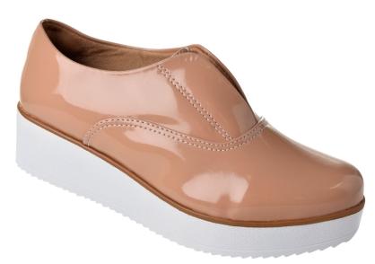 Sapatos que estao na moda verniz é forte tendência