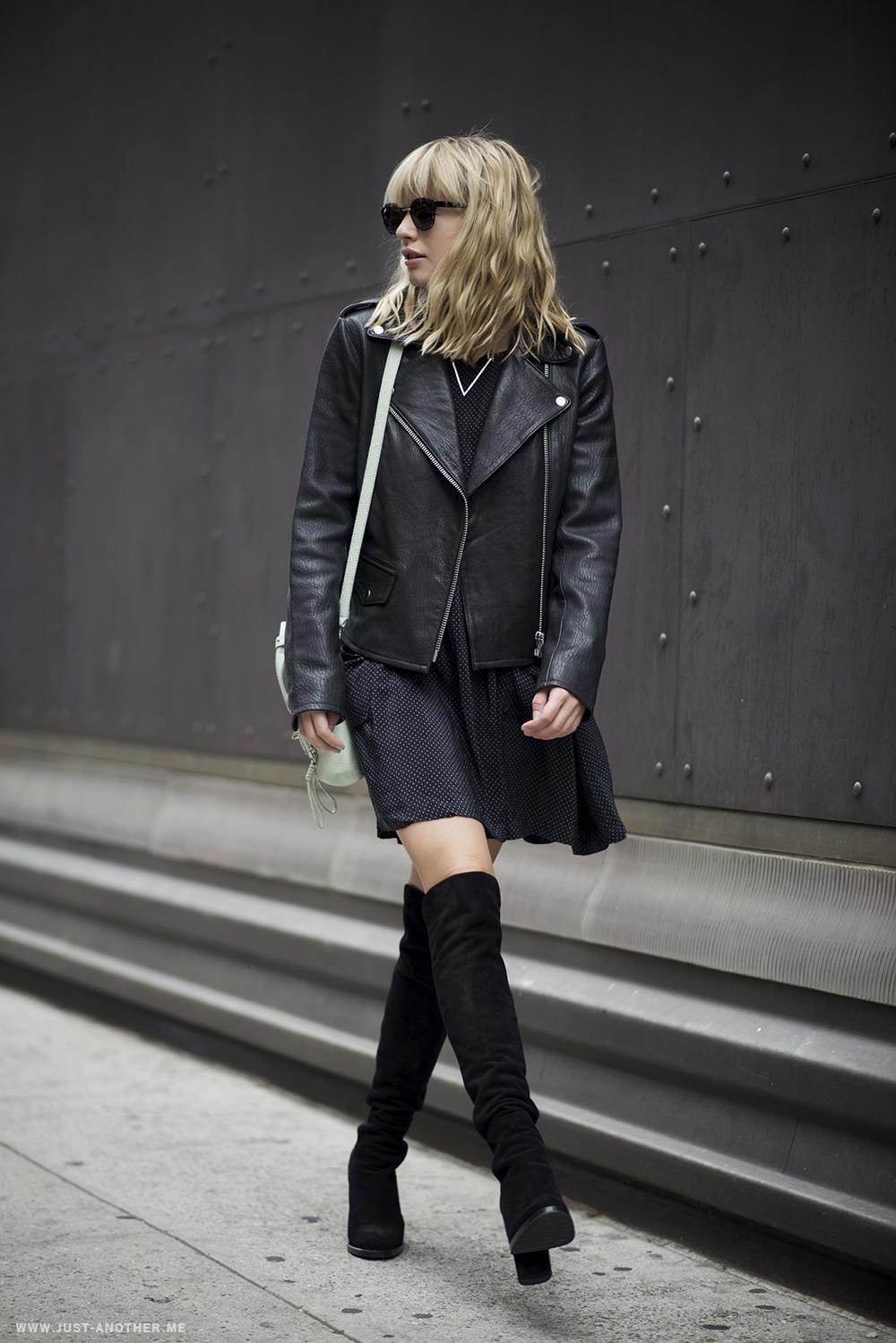 Looks com bota e jaqueta de couro um grande coringa