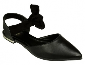 Sapatilha preta com laço como usar com blazer