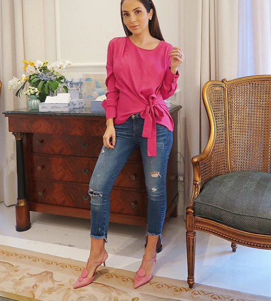 9 modelos de blusas para investir no seu office look