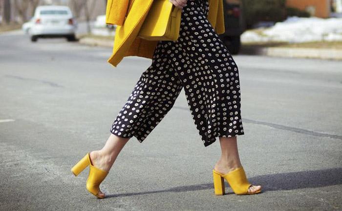 Toque de cor: como adicionar sapatos coloridos ao seu look!