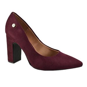 """Para apostar sem medo: Sapatos e acessórios com as cores que são o """"novo preto"""""""
