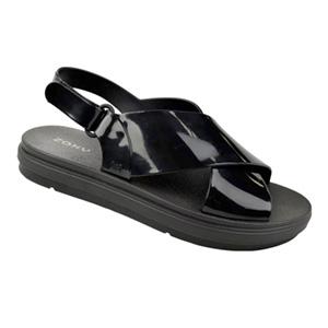 """""""Um de cada por favor!"""": Os modelos de sapatos flat que vão arrasar na próxima temporada"""