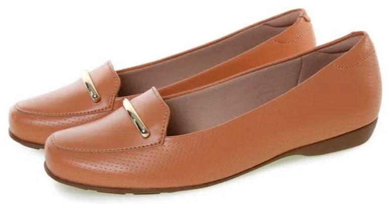 sapatos femininos confortáveis: Mocassim marrom