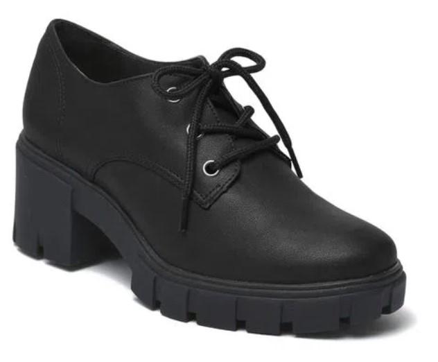 sapatos femininos confortáveis: Oxford preto, com salto baixo